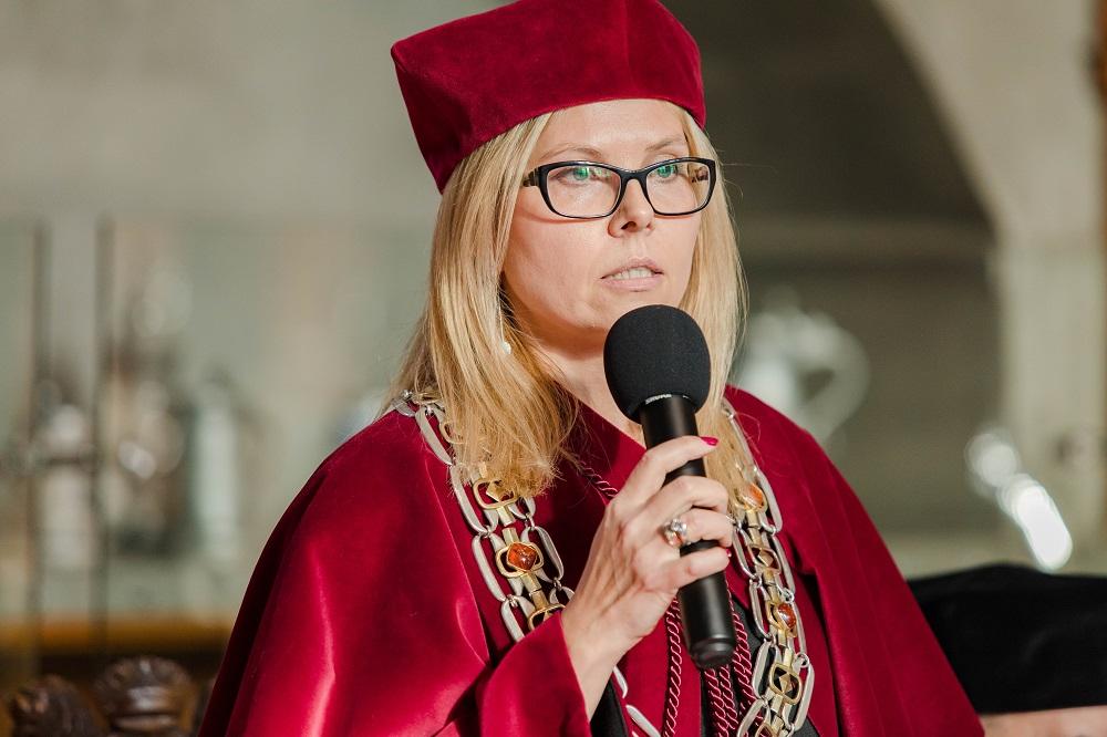 Prof. UG, dr hab. Aneta Oniszczuk-Jastrząbek